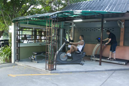 Aromdee Apartments: Fitness Aromdee Apartment