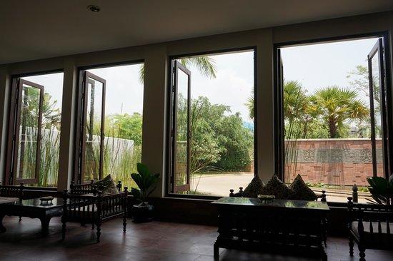Lotus Blanc Resort : lobby