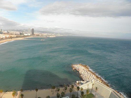W Barcelona: Con el mar de telón.