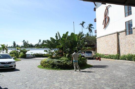 The Bellevue Resort Bohol: Lobby area