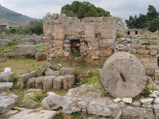 Ancient Corinth - Picture of Ancient Corinth (Archaia ...