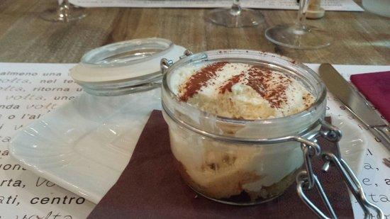 Una Volta : dolce con crema al mascarpone e panettone siciliano