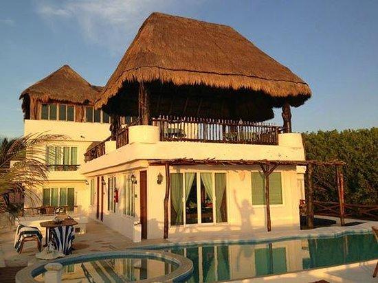 Casa Ixchel: Vista dell'hotel