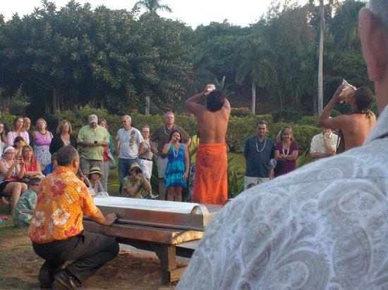 Smith Family Garden Luau: Imu Ceremony