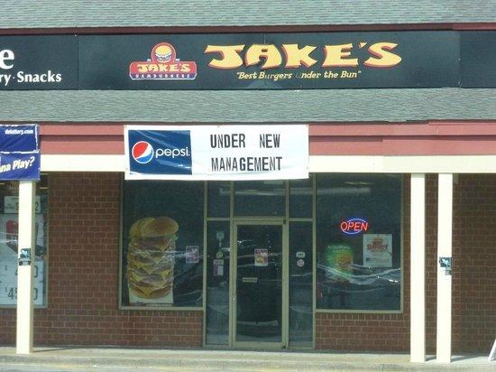 Jake's Wayback Burgers : Jake's Bear