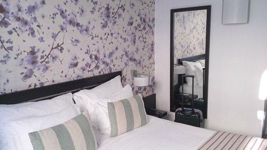 Internacional Design Hotel: el cabecero de la cama
