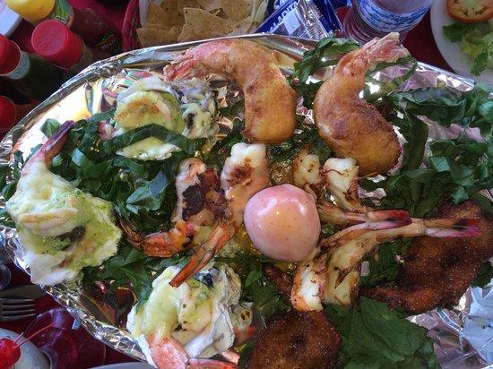 La Costa Marinera: Shrimp feast for two.. cooked six ways! Amazing