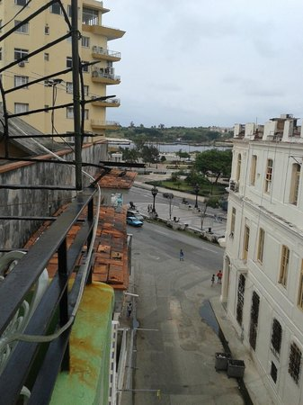Casa Maura Habana Vieja: vista dalla veranda
