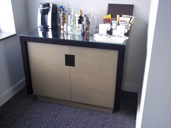 Hotel Breakwater South Beach: minibar