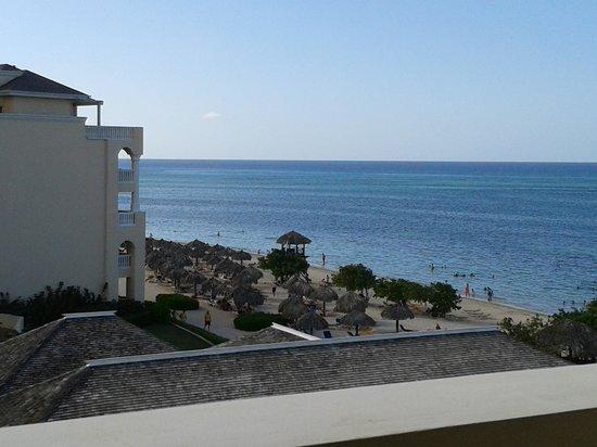 Iberostar Rose Hall Beach Hotel: vista de mi habitación
