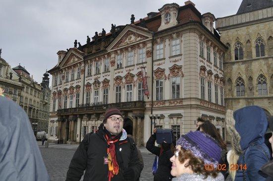 SANDEMANs NEW Europe - Prague : Jirka, un personaje con muchos conocimientos de historia.