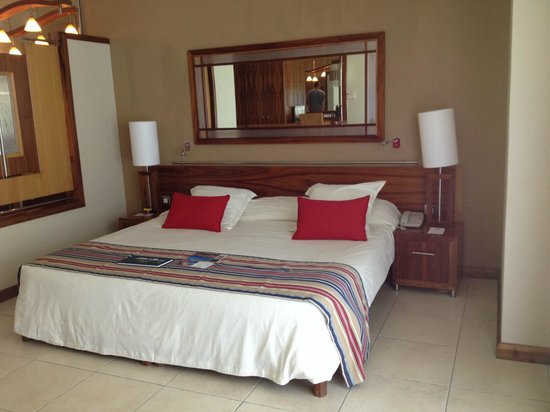 Shandrani Beachcomber Resort & Spa: grand lit
