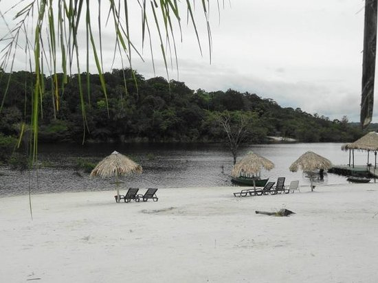 Amazon Ecopark Jungle Lodge : Eco Lodge Beach on the Taruma River