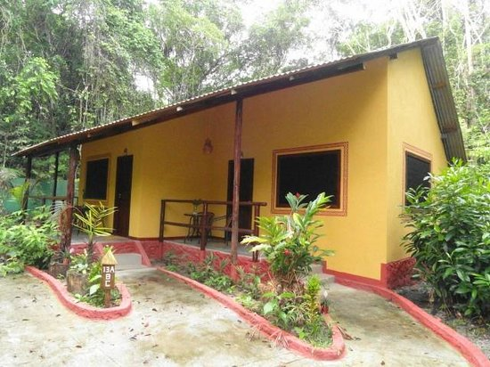Amazon Ecopark Jungle Lodge: Bungalow with 3 independent bedrooms & baths