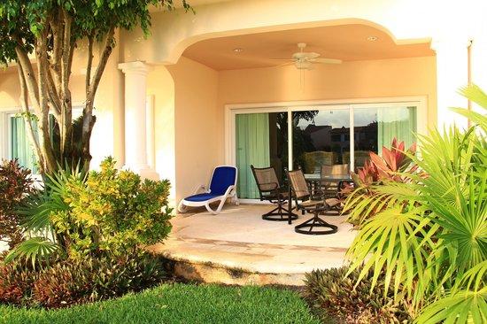 Aventuras Club Lagoon : Private terrace