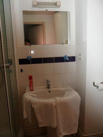Appart'City Compiegne : salle de bain