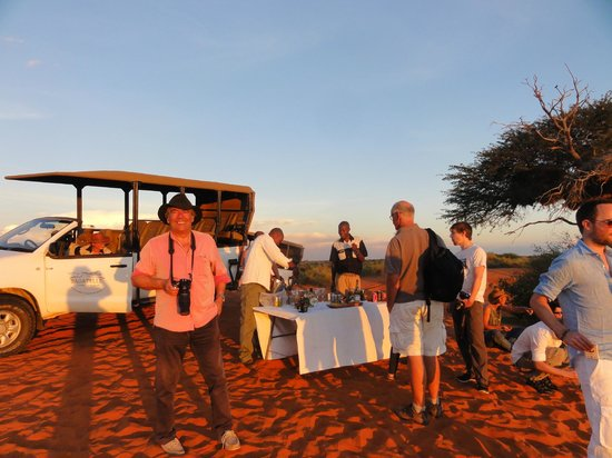 Bagatelle Kalahari Game Ranch: apéro dans les dunes
