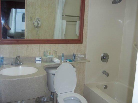 Holiday Inn Express San Juan Condado : chambre de bain