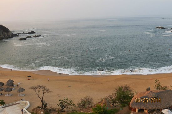 Secrets Huatulco Resort & Spa : amazing beach