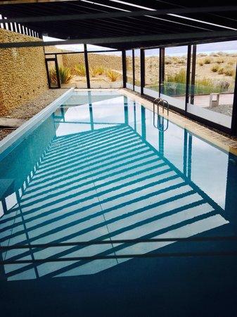 Design Suites Calafate: Pool