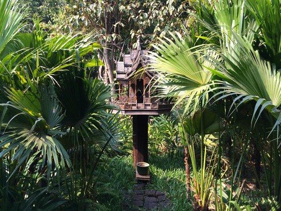 Angkor Village Resort: une maison des esprits