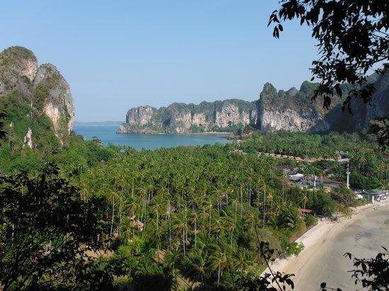 Railay Beach, Thailandia: Well worth it for this view