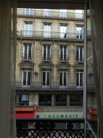 TRYP Paris Opera Hotel: vue sur la rue (et non le boulevard plus bruyant)