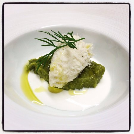Nassa Osteria di Mare: Crema di stracciatella, purea di asparagi e baccalà alla veneziana!