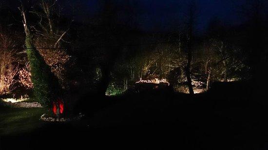 Hotel de Floriana: El jardín por la noche.