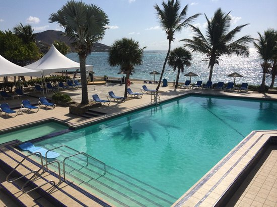 Divi Carina Bay All Inclusive Beach Resort: Poolside