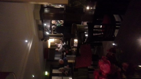 Celtic Royal Hotel: Lounge Bar area