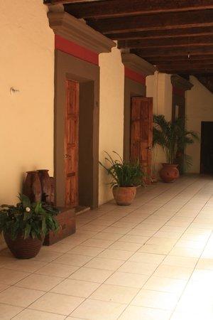 Puerta Vieja Hostel: habitaciones