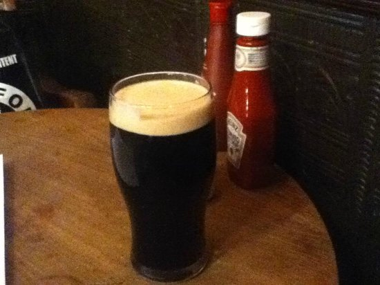 The Swan: Guinness pint