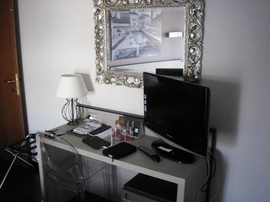 Hotel Mennini: room