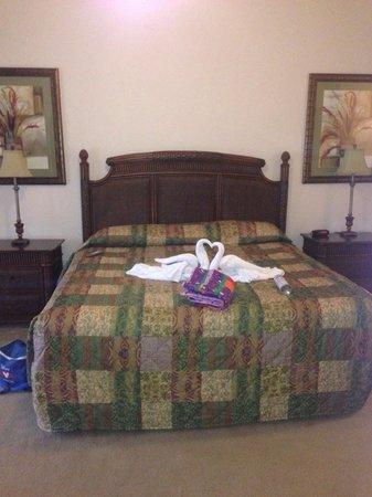 Caribe Cove Resort Orlando: Master bedroom