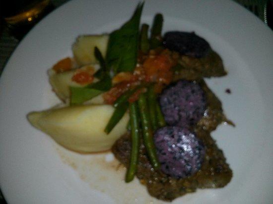 305 Karafuu: Steak