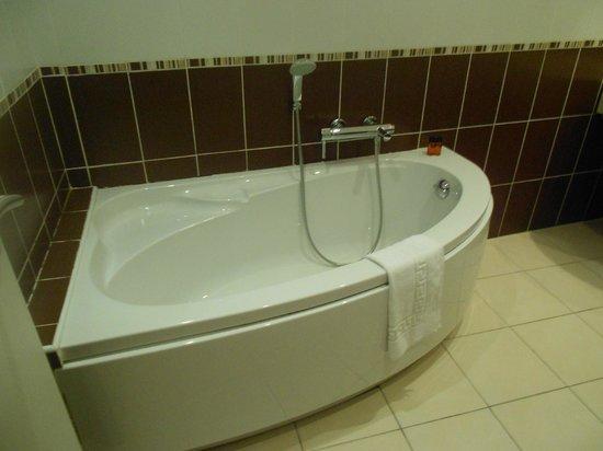Esatitude Hotel : Bathroom