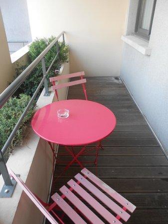 Esatitude Hotel : balcony