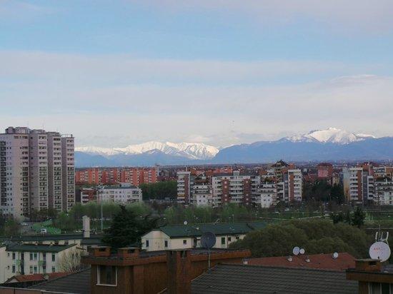Radisson Blu Hotel, Milan: Ausblick Richtung Norden