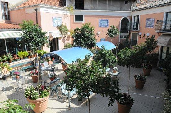 Hotel Villa Romeo: terrazza solare