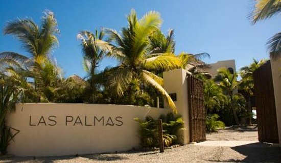 Las Palmas Resort & Beach Club: Welcome