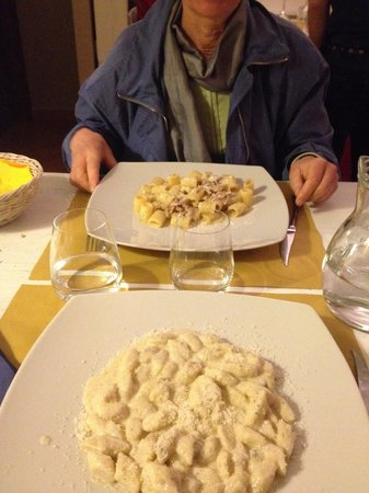 Gnocchis au gorgonzola et carbonara