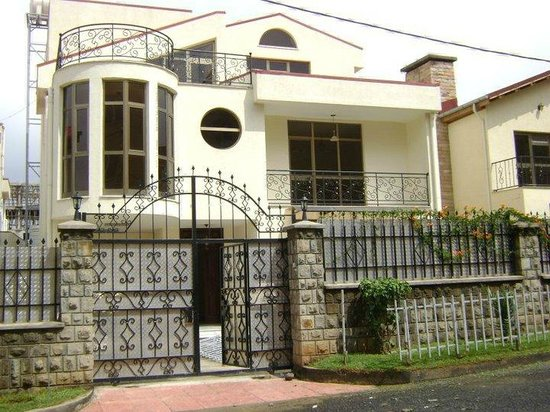 Yaat comfort guest house addis ababa ethiopia for Comfort house