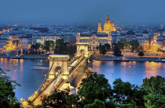Budapest (94691976)