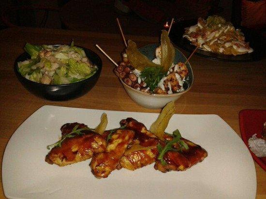 Hotel One Shot Luchana 22: Alitas de pollo marinadas