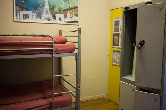 St Christopher's Inn at the Bauhaus: 4 Bed mixed dorm