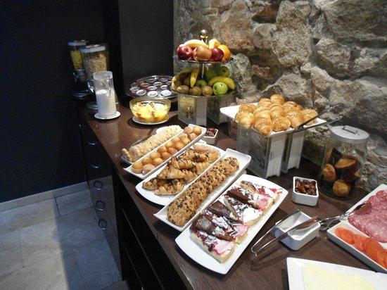 Hotel Acta BCN 40: Menu dolce della colazione