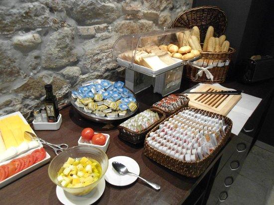 Hotel Acta BCN 40: Menu colazione
