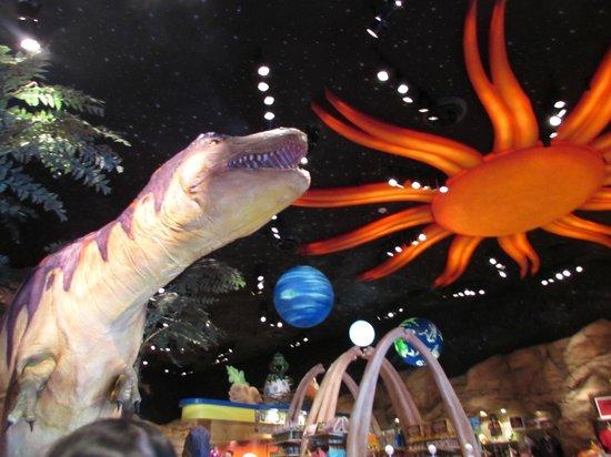 T-Rex: Dinossauros por todos os lados