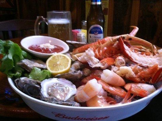 Shug's Smokehouse: Shug's Seafood Bouquet